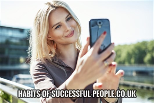 How to date successful people online